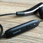 Fernbedienung des Inateck Bluetooth-Kopfhörers
