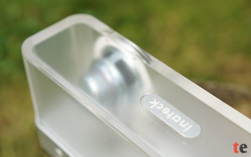 Die zwei im Bluetooth-Lautsprecher verbauten 12 Watt-Treiber können in Summe mit 20 Watt belastet werden und sorgen für einen verzerrungsfreien Klang, auch bei hoher Lautstärke.