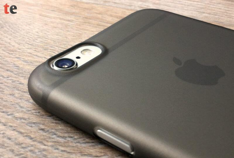 Die Bluecase Schutzhülle hat ein Alleinstellungsmerkmal: nur Bluecase schafft es, mit seiner Hülle die kratzempfindliche Kameralinse des iPhone zu schützen.