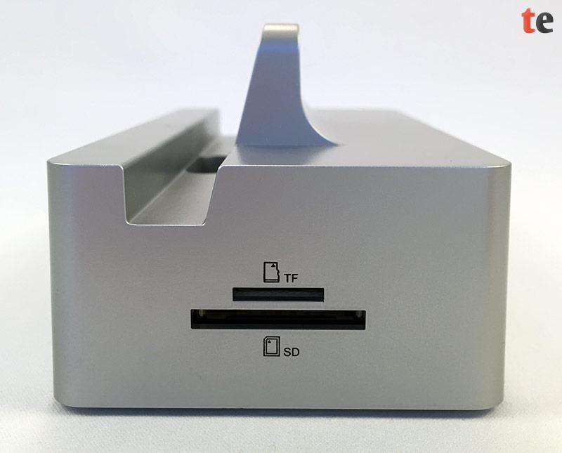 Die beiden im EasyAcc Hub integrierten Kartenleser sind kompatibel zu den Speicherkartenformaten SD, SDHC, SDXC, MMC, RS-MMC, MicroSD und MiniSD.