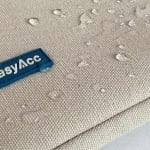 MacBook 12-Zoll EasyAcc Sleeve Spritzwasser-Test