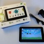 Odys Pedi Plus Kinder Tablet mit Verpackung und beiliegendem Zubehör
