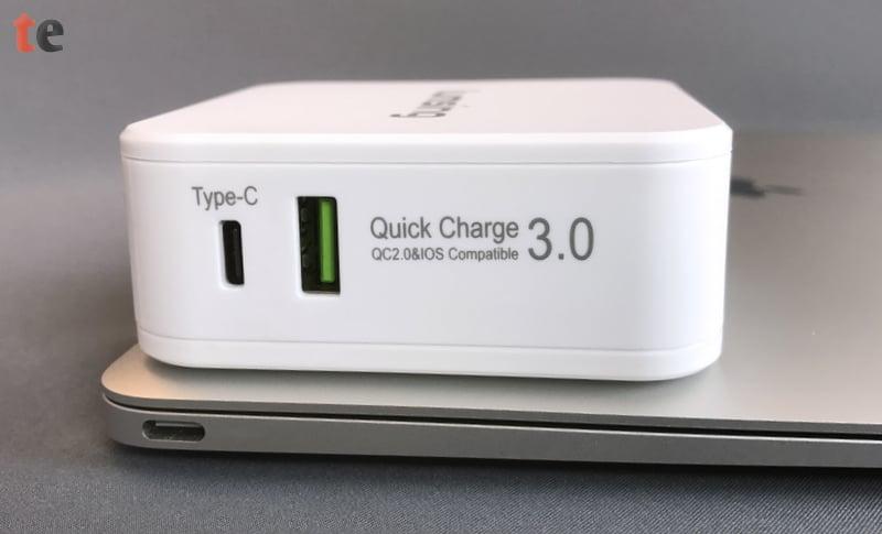 Lumsing USB-C Power Dual Port Adapter mit USB-C und USB-Ladebuchse