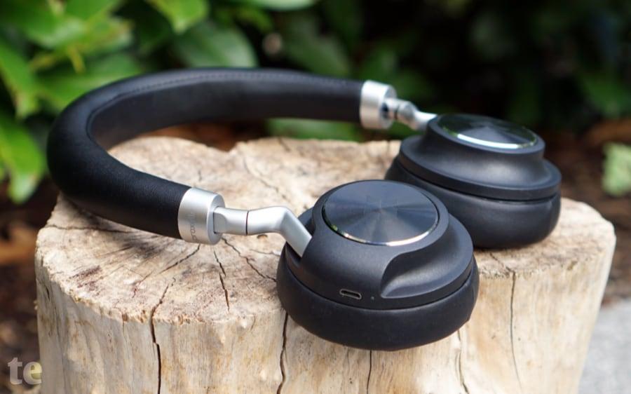 Proxelle-Cosy: Verbindung über Bluetooth oder alternativ über 3,5mm-Klinkenkabel