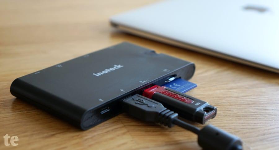 Inateck USB-C Multi-Port Hub mit Buchsen für USB-Stick und externe Festplatten