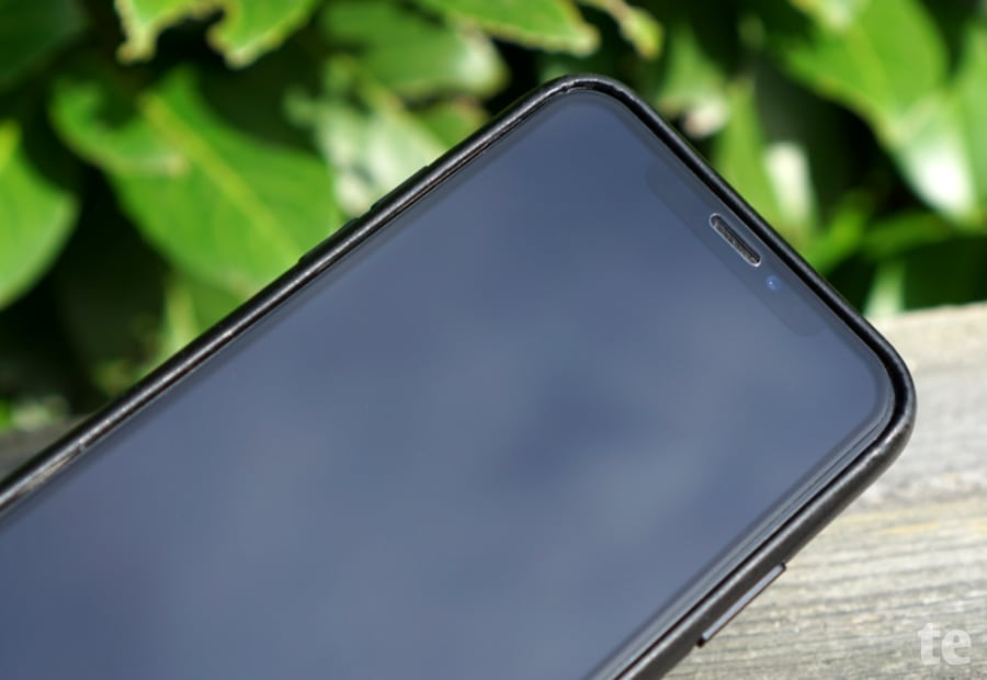 Hüllenfreundliches iPhone-Panzerglas CellBee Fusion
