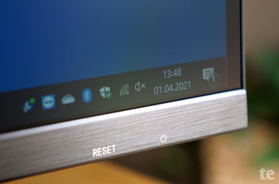 Entspiegeltes Display mit dünnem Rahmen des CSL Unity F27 AIO-PC