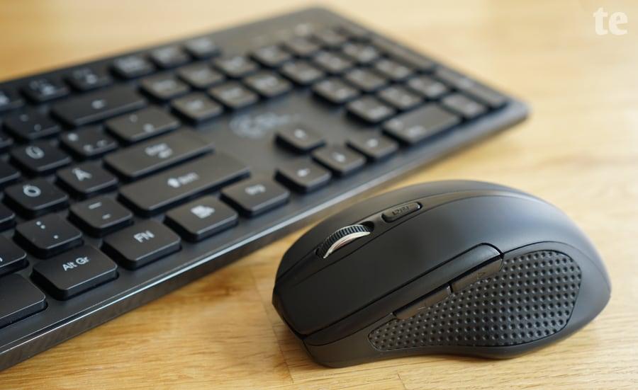 Beiliegendes Maus- und Tastatur-Set CSL Advanced V2